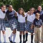 Uniforma școlară nu este obligatorie