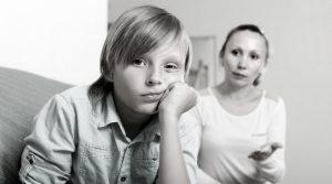 Învaţă-ţi copilul să spună NU. Cu voce tare. Învaţă-l să fie nesupus.